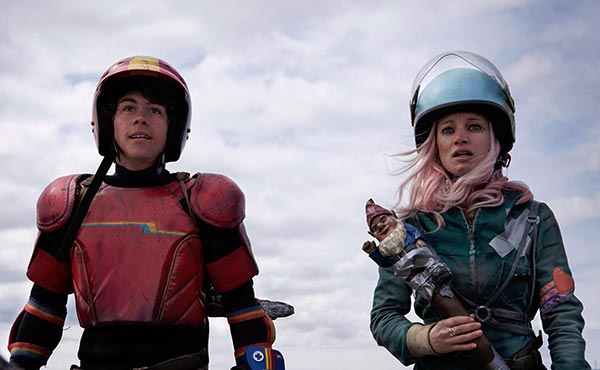Turbo Kid: Munro Chambers and Laurence Leboeuf